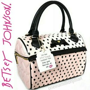 Betsey Johnson Be Mine Speedy Lunch Tote/Bag